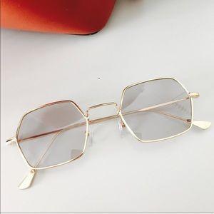 Retro 90s Hexagon Shaped Gold Frame Sunglasses